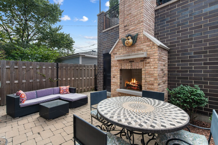 Real Estate Photography - 2019 W School St, Chicago, IL, 60618 - Patio