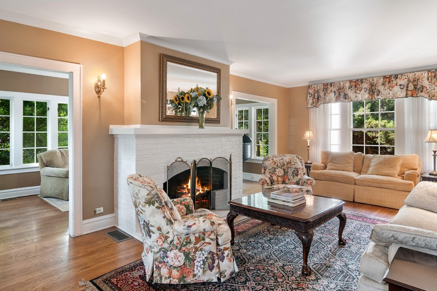 Real Estate Photography - 299 Longcommon Rd, Riverside, IL, 60546 - Living Room