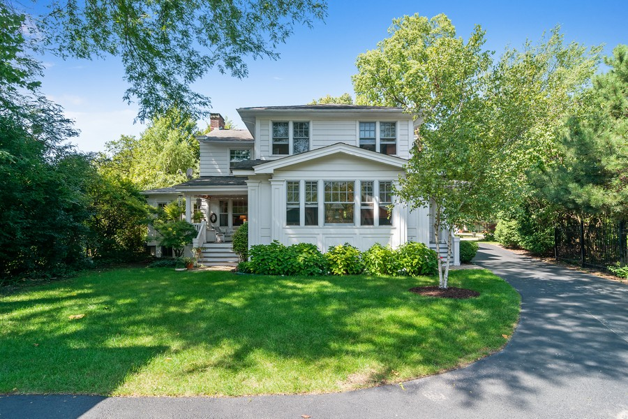 Real Estate Photography - 299 Longcommon Rd, Riverside, IL, 60546 - Rear View