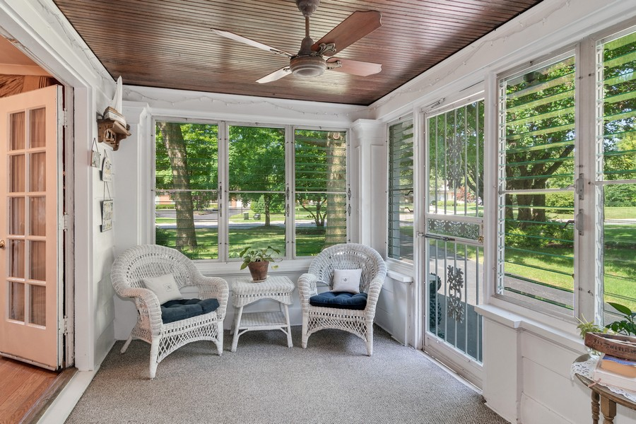 Real Estate Photography - 299 Longcommon Rd, Riverside, IL, 60546 - Screened Porch