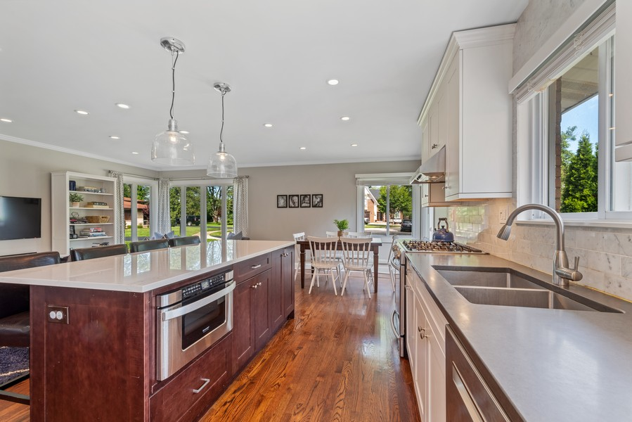 Real Estate Photography - 205 Greenfield, Glenview, IL, 60025 - Kitchen