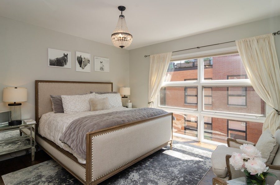 Real Estate Photography - 1767 N Hoyne, L, Chicago, IL, 60647 - Master Bedroom