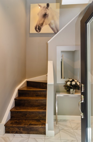 Real Estate Photography - 1767 N Hoyne, L, Chicago, IL, 60647 - Foyer