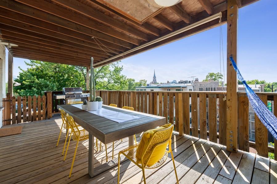 Real Estate Photography - 1814 N Lincoln Park West, Unit 4, Chicago, IL, 60614 - Deck