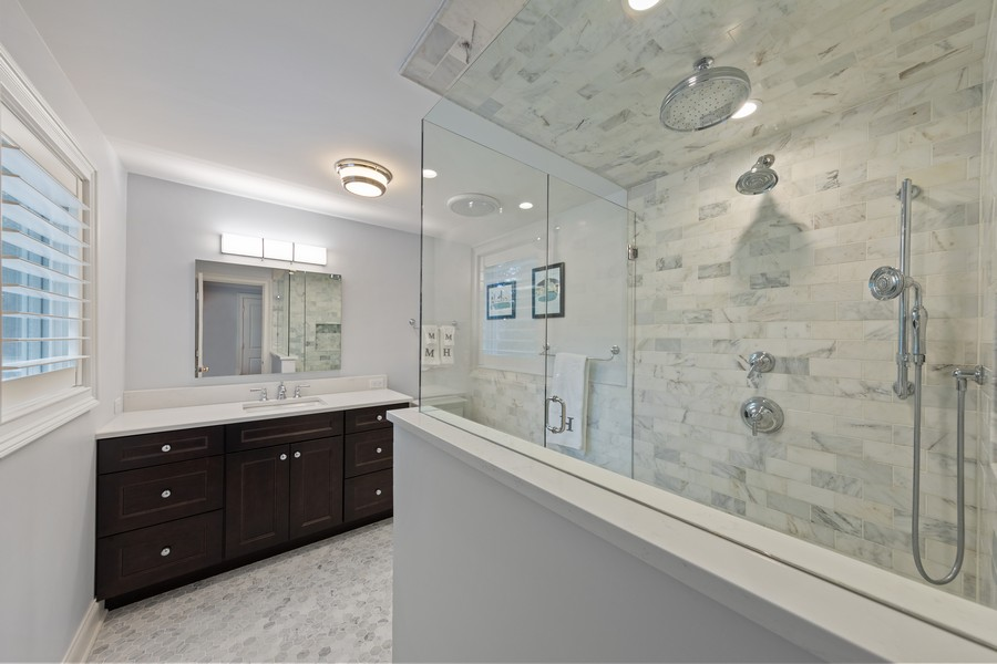 Real Estate Photography - 605 Jefferson Street, Hinsdale, IL, 60521 - Master Bathroom