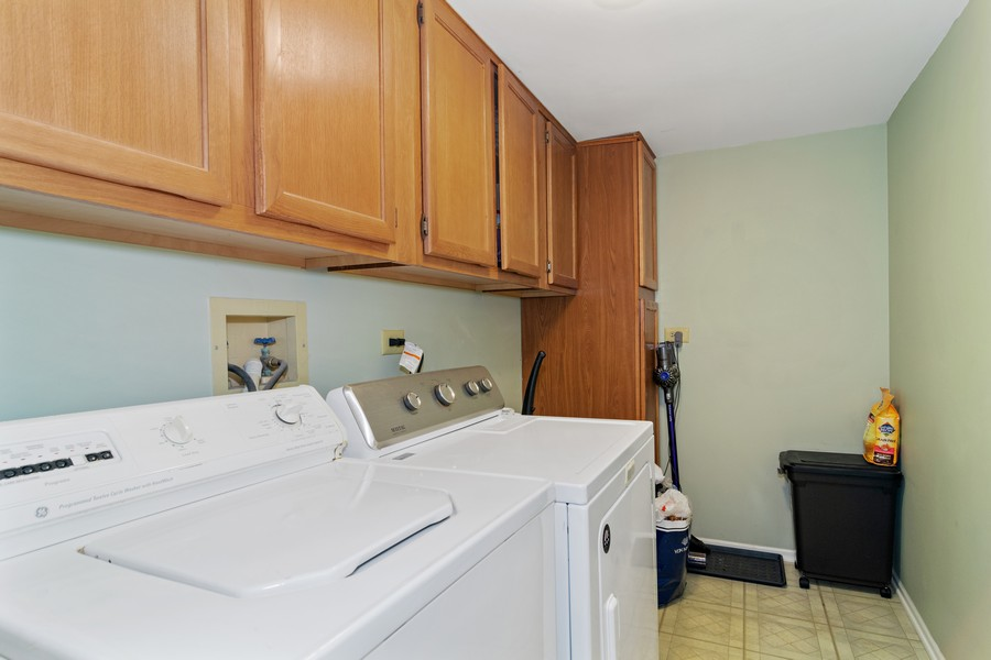 Real Estate Photography - 490 Harvard Ln, Bartlett, IL, 60103 - Laundry Room
