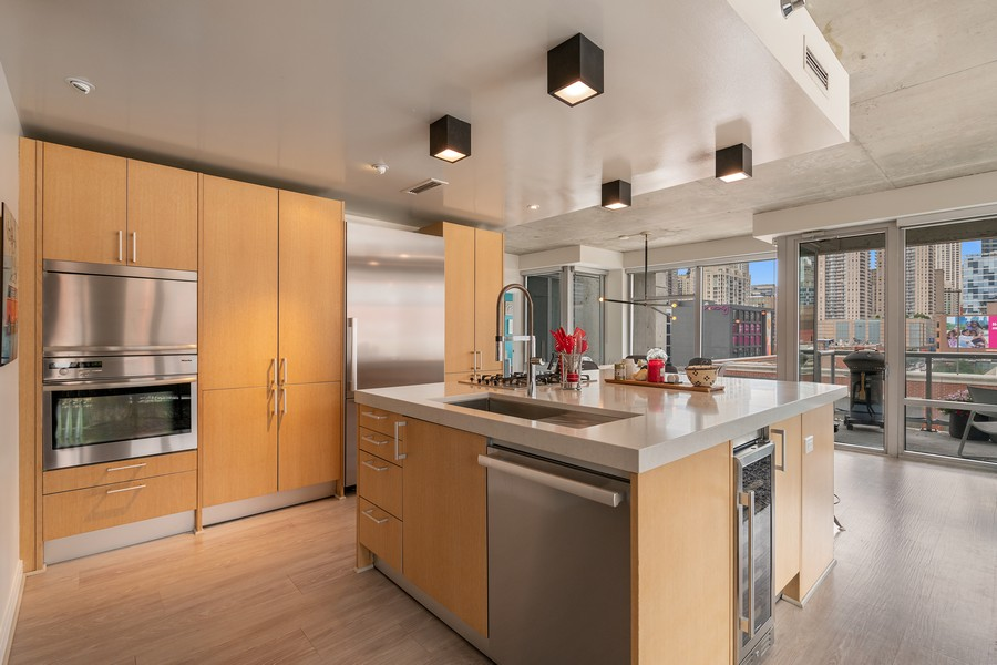 Real Estate Photography - 201 W Grand, #602, Chicago, IL, 60654 - Kitchen