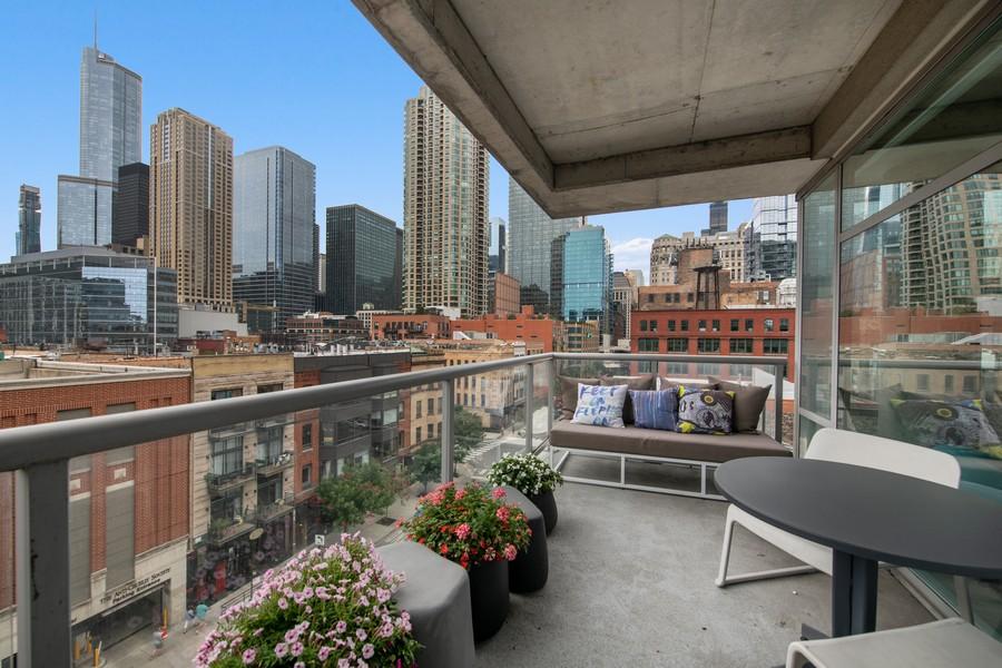 Real Estate Photography - 201 W Grand, #602, Chicago, IL, 60654 - Balcony