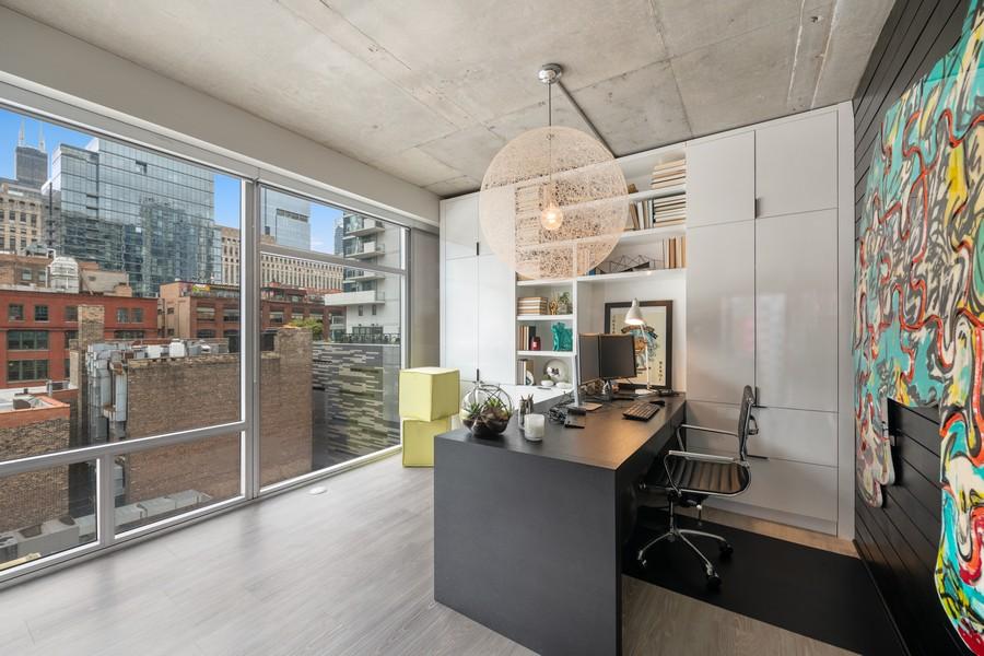 Real Estate Photography - 201 W Grand, #602, Chicago, IL, 60654 - Den