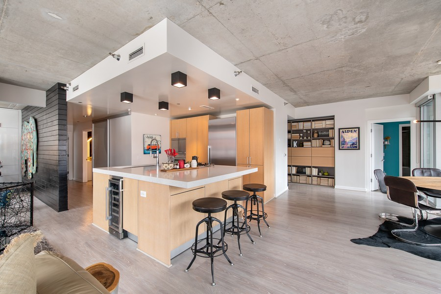 Real Estate Photography - 201 W Grand, #602, Chicago, IL, 60654 - Kitchen / Dining Room