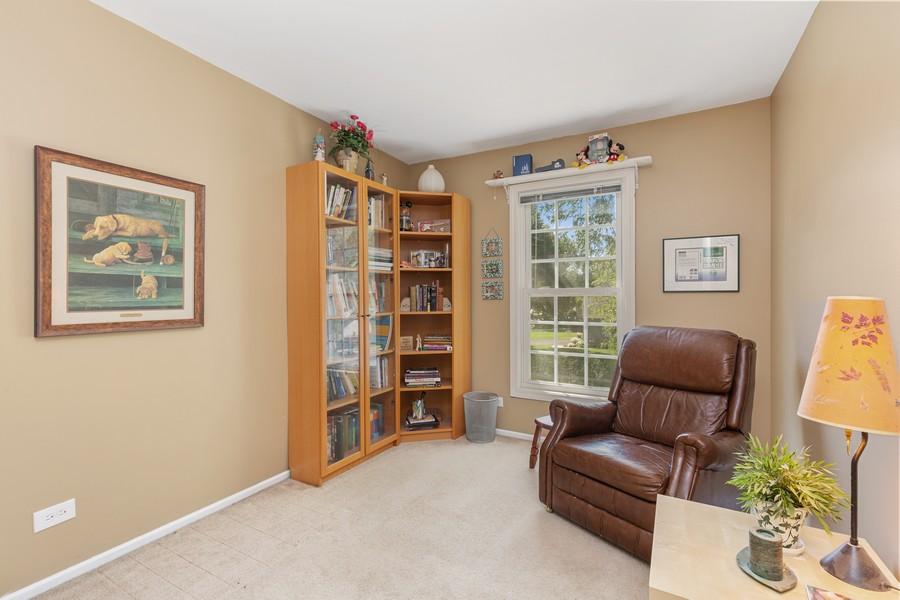 Real Estate Photography - 1450 Cameron Court, Hoffman Estates, IL, 60010 - 3rd Bedroom