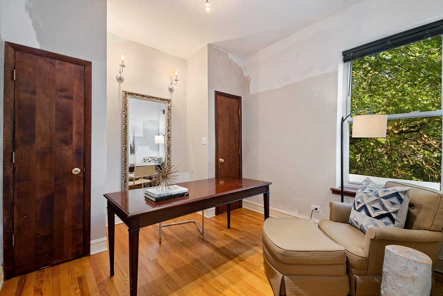 Real Estate Photography - 5812 N Wayne Ave, Unit 3B, Chicago, IL, 60660 - 2nd Bedroom