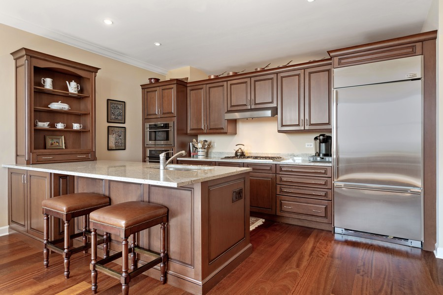 Real Estate Photography - 310 N Michigan Ave, Unit 604, Chicago, IL, 60604 - Kitchen
