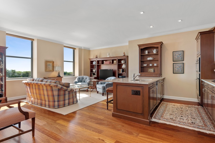 Real Estate Photography - 310 N Michigan Ave, Unit 604, Chicago, IL, 60604 - Kitchen / Living Room