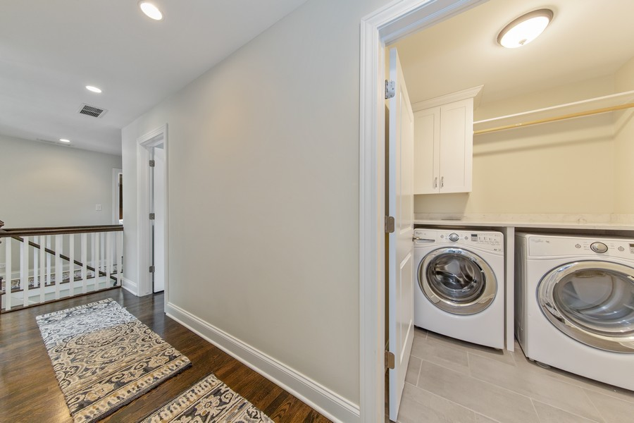 Real Estate Photography - 4144 Harvey Avenue, Western Springs, IL, 60558 - Laundry Room