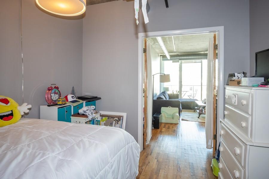 Real Estate Photography - 700 W Van buren, 1403, Chicago, IL, 60607 - Bedroom