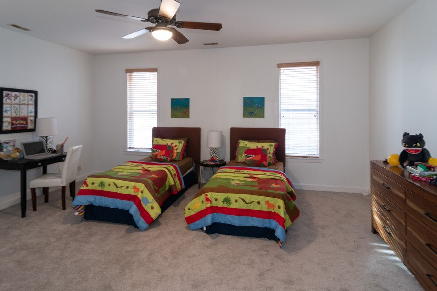 Real Estate Photography - 186 N Marion Ave, Oak Park, IL, 60302 - 2nd Bedroom