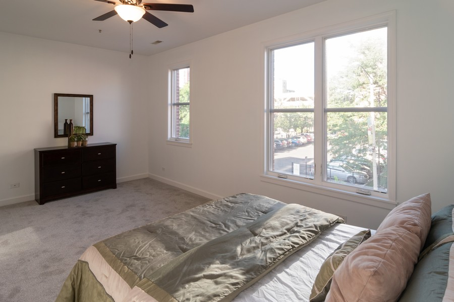 Real Estate Photography - 186 N Marion Ave, Oak Park, IL, 60302 - 3rd Bedroom