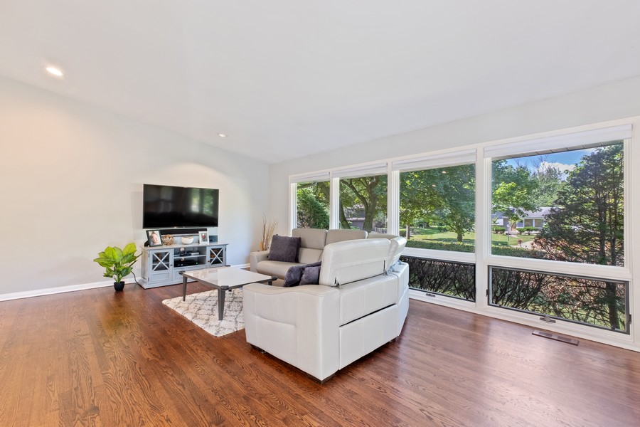Real Estate Photography - 1773 Winthrop Rd, Highland Park, IL, 60035 - Living Room