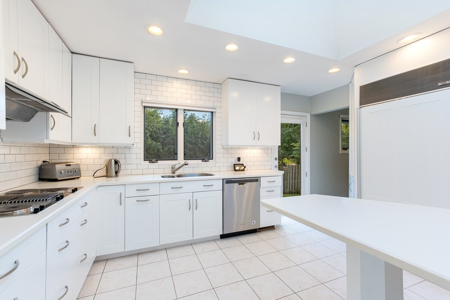 Real Estate Photography - 1773 Winthrop Rd, Highland Park, IL, 60035 - Kitchen