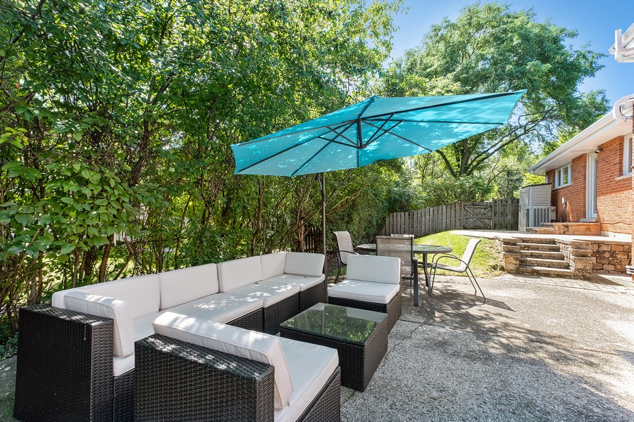 Real Estate Photography - 1773 Winthrop Rd, Highland Park, IL, 60035 - Patio