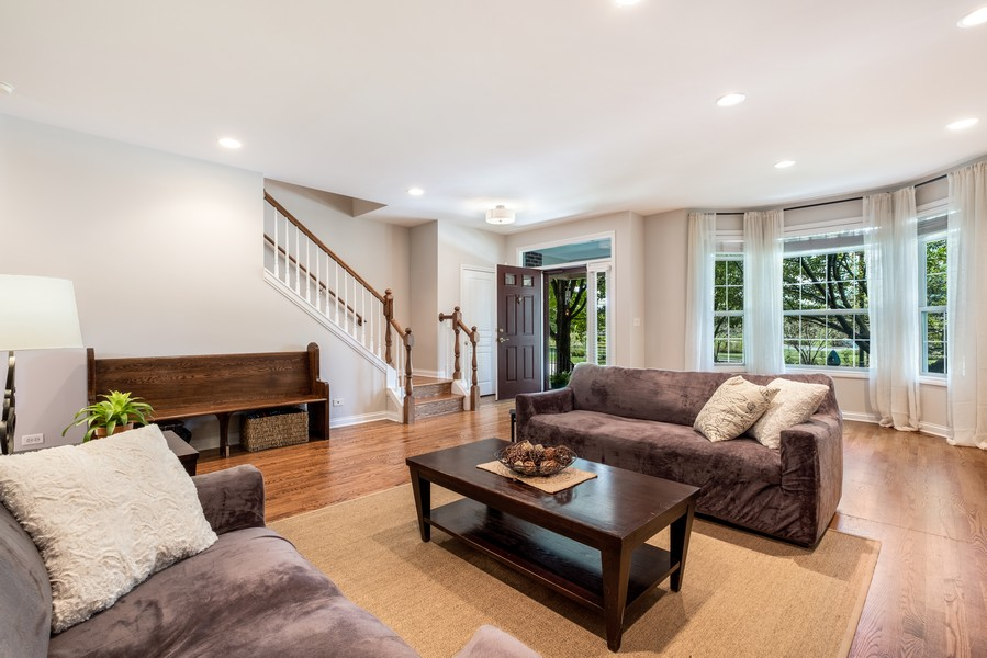 Real Estate Photography - 2217 Patriot Blvd, Glenview, IL, 60026 - Living Room