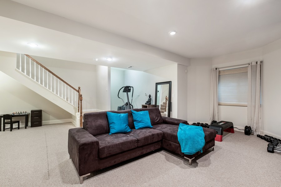 Real Estate Photography - 2217 Patriot Blvd, Glenview, IL, 60026 - Play / Recreational Room