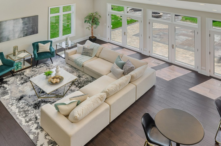 Real Estate Photography - 3602 Lawson Rd, Glenview, IL, 60026 - Living Room