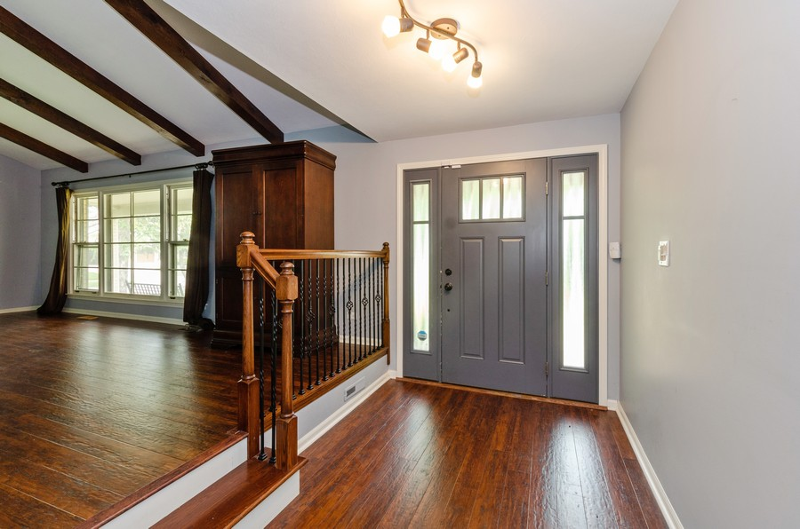 Real Estate Photography - 3537 Maple Leaf Drive, GLenview, IL, 60062 - Foyer