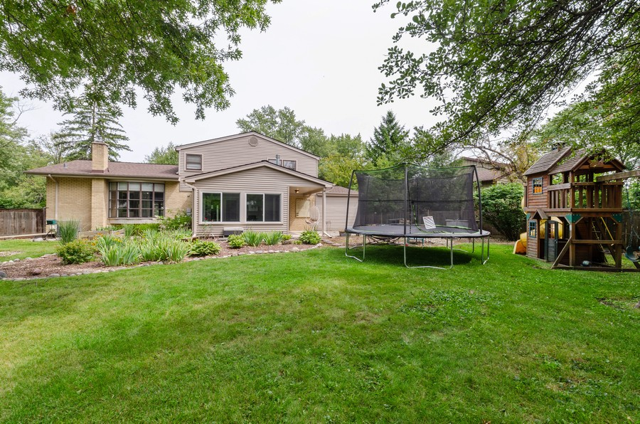 Real Estate Photography - 3537 Maple Leaf Drive, GLenview, IL, 60062 - Rear View