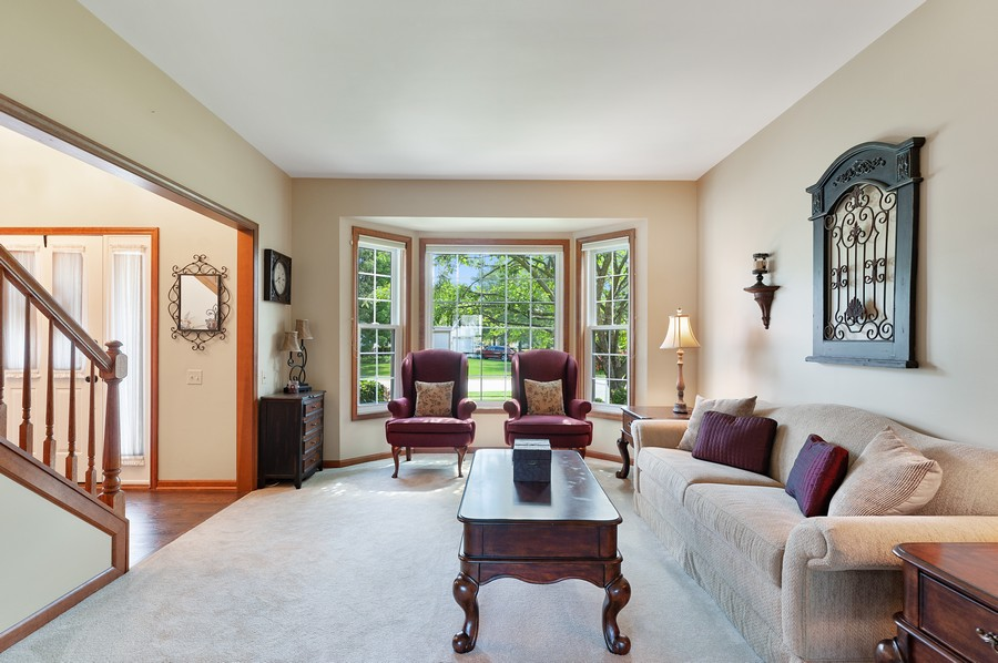 Real Estate Photography - 1723 Fairport Dr, Grayslake, IL, 60030 - Living Room