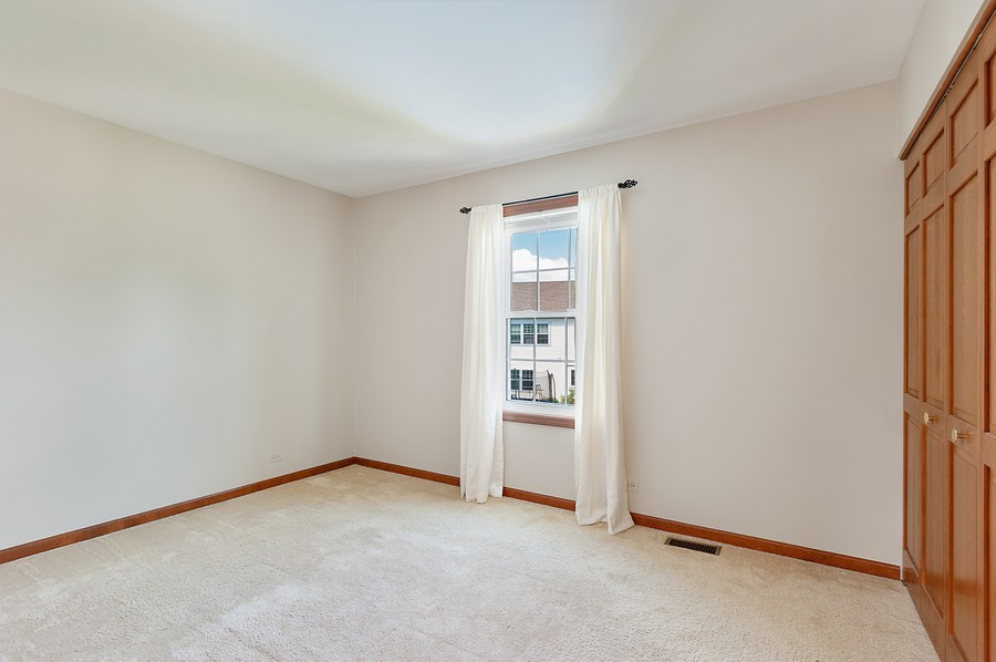 Real Estate Photography - 1723 Fairport Dr, Grayslake, IL, 60030 - 2nd Bedroom