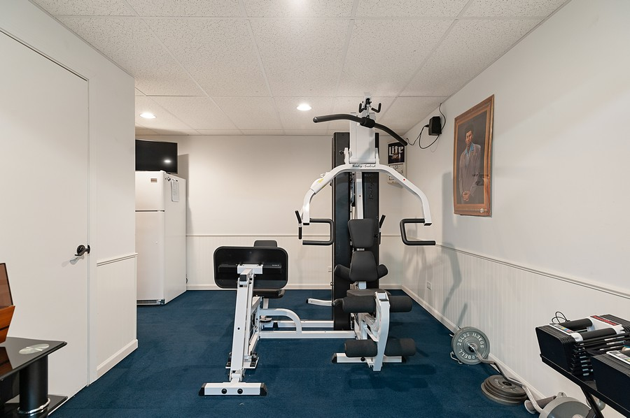 Real Estate Photography - 1723 Fairport Dr, Grayslake, IL, 60030 - Exercise Room