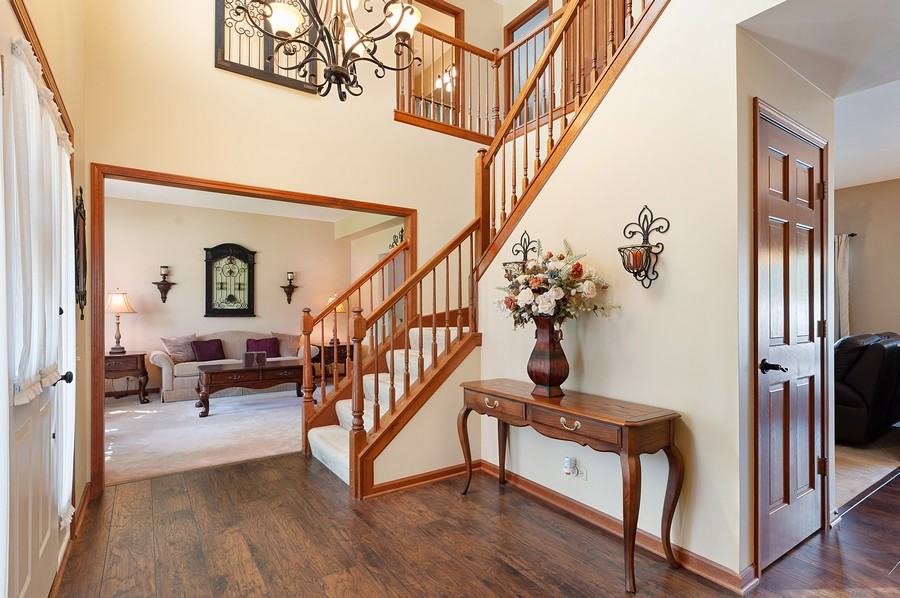 Real Estate Photography - 1723 Fairport Dr, Grayslake, IL, 60030 - Staircase