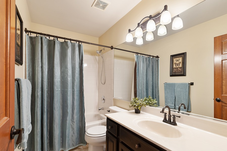 Real Estate Photography - 1723 Fairport Dr, Grayslake, IL, 60030 - Bathroom