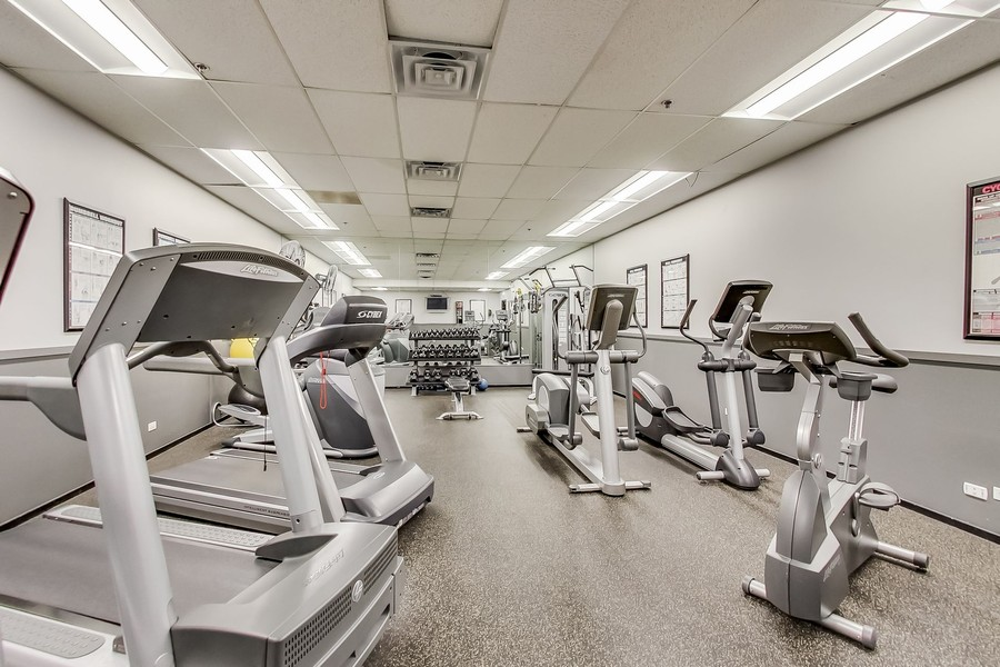 Real Estate Photography - 130 S. Canal St., #816, Chicago, IL, 60606 - Exercise Room