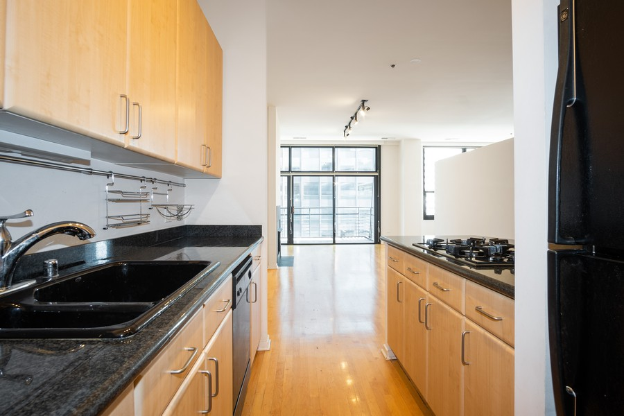 Real Estate Photography - 130 S. Canal St., #816, Chicago, IL, 60606 - Kitchen/Living