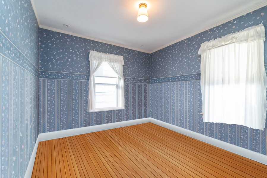 Real Estate Photography - 1100 Washington, Glenview, IL, 60025 - Bedroom