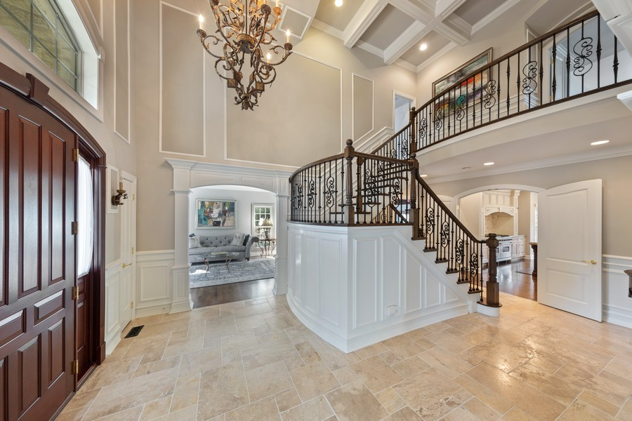 Real Estate Photography - 222 N Bruner, Hinsdale, IL, 60521 - Foyer