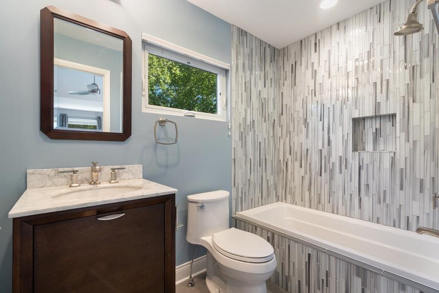 Real Estate Photography - 832 Leyden Ln, Wilmette, IL, 60091 - 2nd Ensuite Bedroom Bathroom
