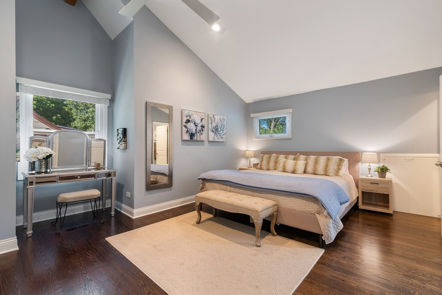 Real Estate Photography - 832 Leyden Ln, Wilmette, IL, 60091 - Master Bedroom