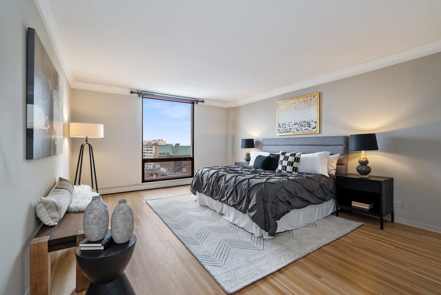 Real Estate Photography - 100 E Bellevue, Apt 25E, Chicago, IL, 60611 - Master Bedroom