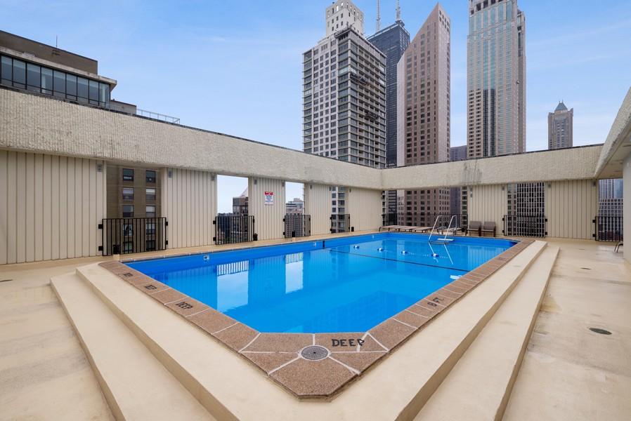Real Estate Photography - 100 E Bellevue, Apt 25E, Chicago, IL, 60611 - Outdoor Pool