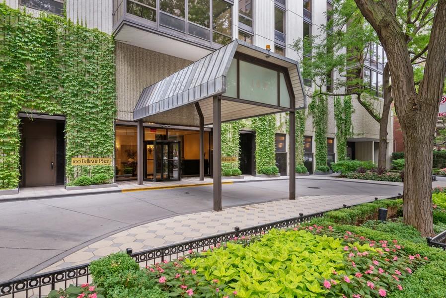 Real Estate Photography - 100 E Bellevue, Apt 25E, Chicago, IL, 60611 - Front View