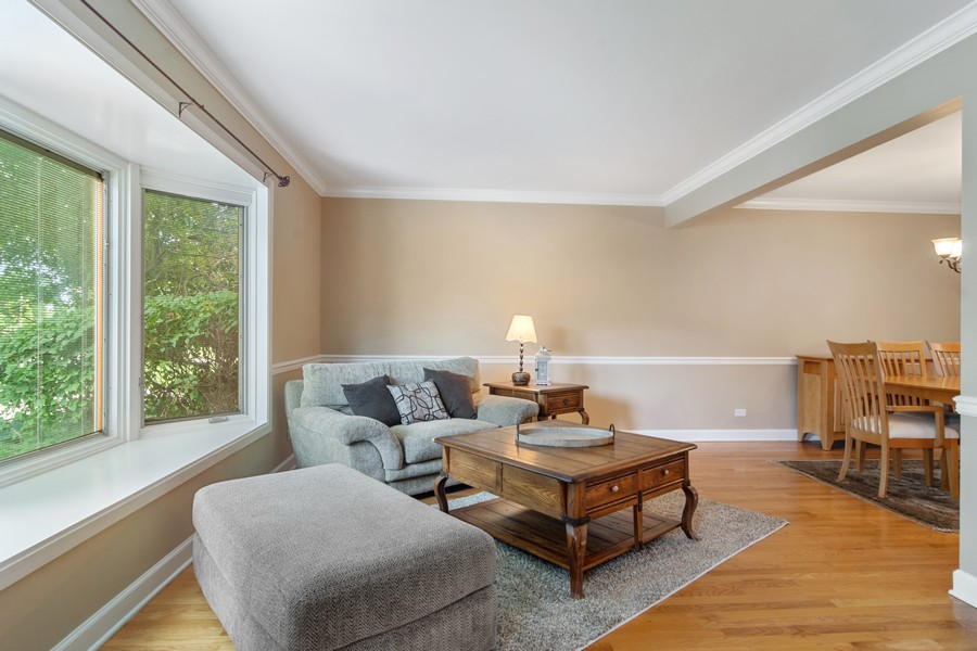 Real Estate Photography - 1118 Larraway Dr, Buffalo Grove, IL, 60089 - Living Room with Bay Window