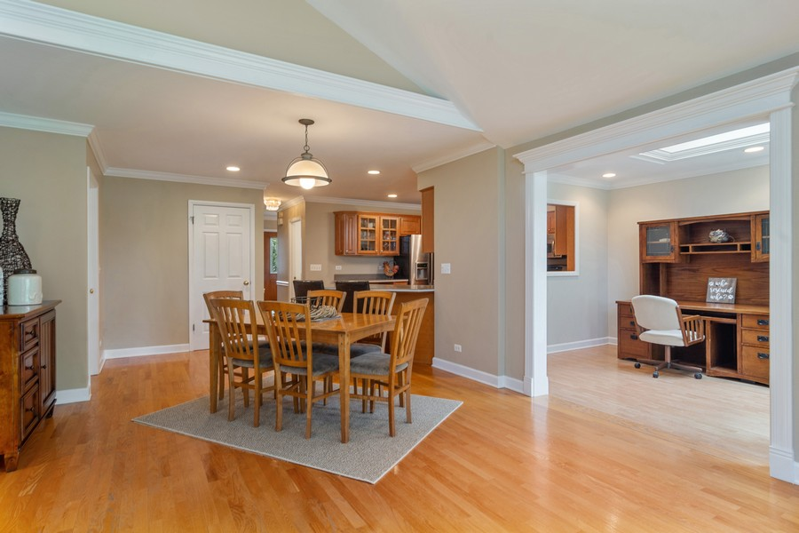Real Estate Photography - 1118 Larraway Dr, Buffalo Grove, IL, 60089 - Open Floor Plan