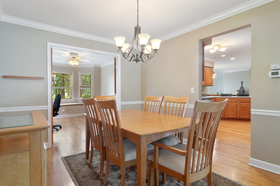 Real Estate Photography - 1118 Larraway Dr, Buffalo Grove, IL, 60089 - Dining Room