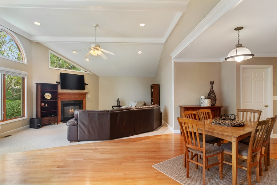 Real Estate Photography - 1118 Larraway Dr, Buffalo Grove, IL, 60089 - Family Room / Kitchen