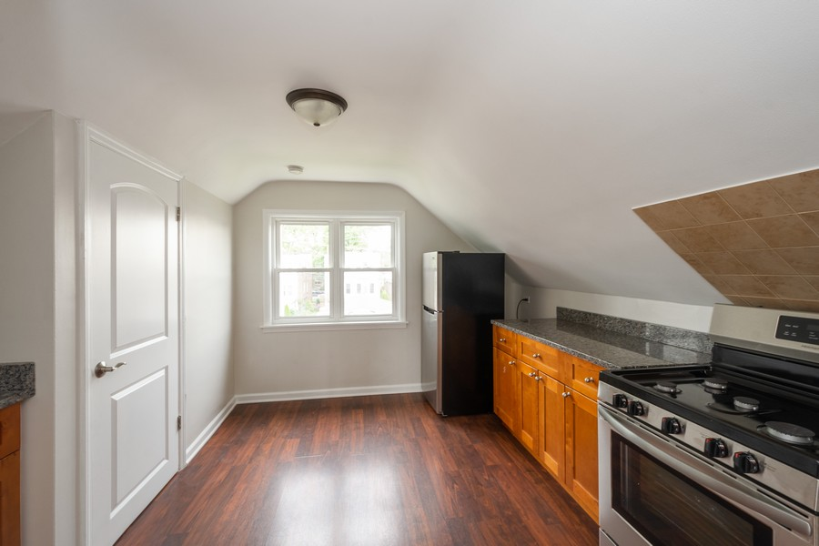Real Estate Photography - 5542 S Nagle, Chicago, IL, 60638 - Kitchen