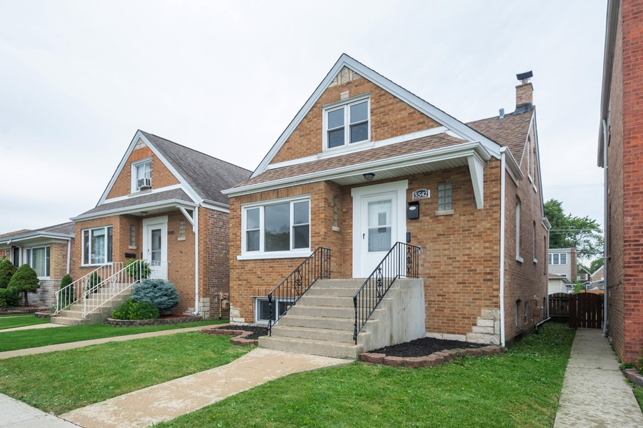 Real Estate Photography - 5542 S Nagle, Chicago, IL, 60638 - Front View